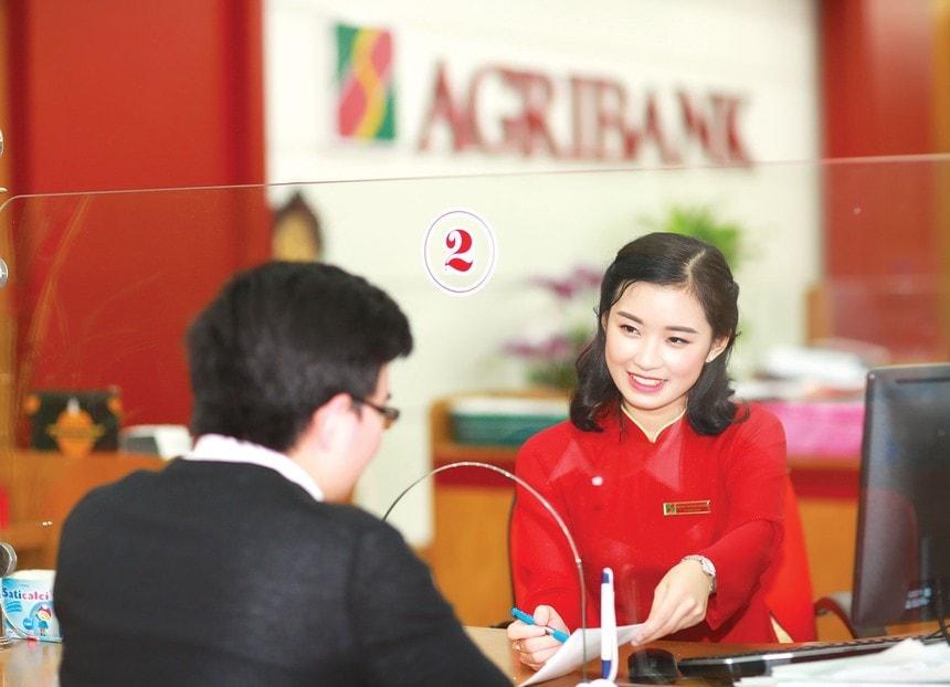 Dat May Ao Cho Nhan Vien Agribank