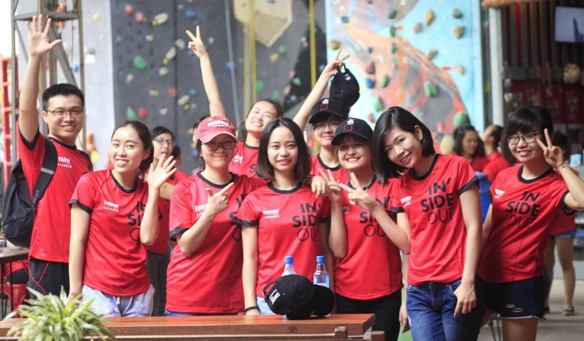 Dong Phuc Qua Tang Quang Cao Su Kien