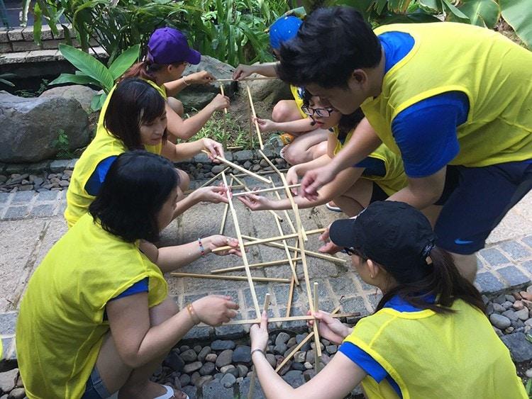 Dong Phuc Team Building Uius Team