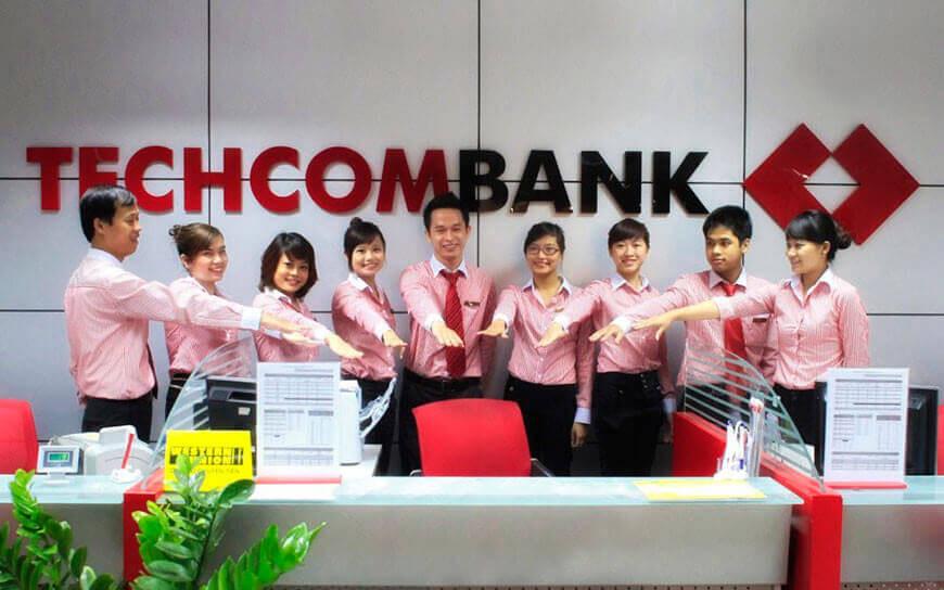 Ao So Mi Dong Phuc Techcombank
